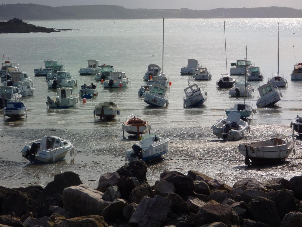 Boats in the tide - Erquy France